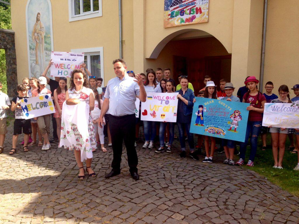 Volunteer to Serve in Ukraine in 2018